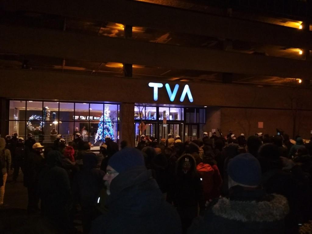 Manifestation-devant-TVA
