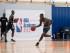 Visite de la NBA Academy Afrique qui accueille de jeunes basketteurs venus de toute l'Afrique. Les meilleurs recrues signeront un contrat avec des clubs de la NBA aux Etats-Unis. Les internes s'entrainent tous les jours et suivent des cours à distance en anglais.