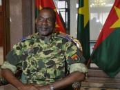 Le général Gilbert Diendéré a commencé sa 2e semaine consécutive de comparution devant le tribunal militaire dans le cadre du procès du putsch manqué (photo d'archives) © Ahmed Ouoba/AFP