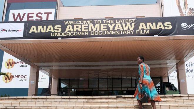 Les films tirés des enquêtes d'infiltration de Tiger Eye ont été projetées en public, au Ghana