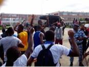 Affrontements-étudiants-vs-policiers-Jpg